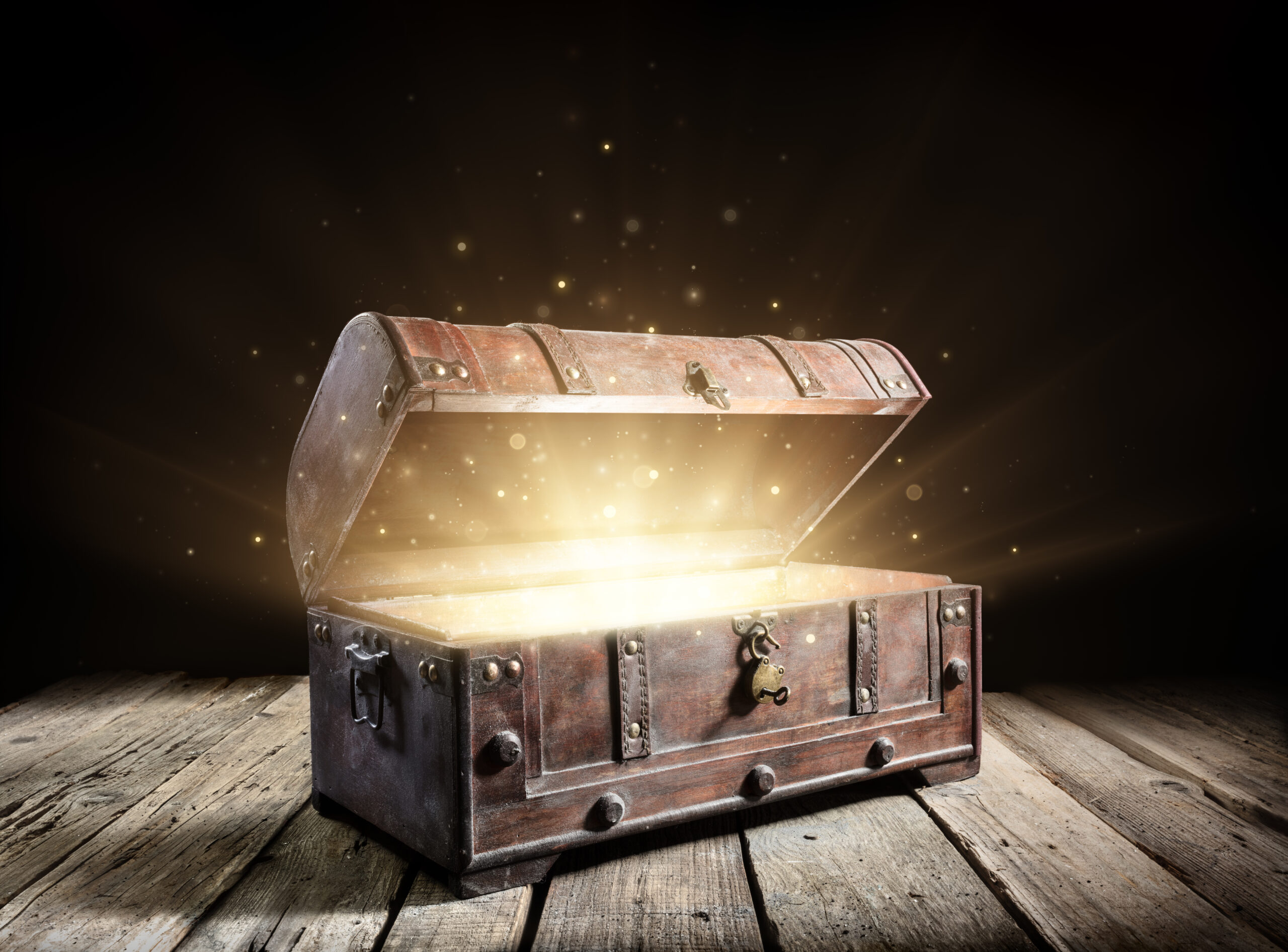Treasure Chest - Open Ancient Trunk With Glowing Magic Lights In The Dark